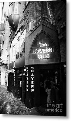 The New Cavern Club In Mathew Street In Liverpool City Centre Birthplace Of The Beatles Metal Print by Joe Fox