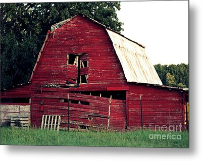 Metal Print featuring the photograph The Ole Red Barn by Kathy  White
