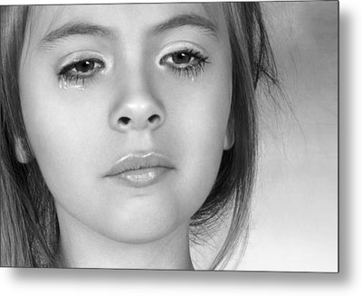 Metal Print featuring the photograph The Tear by Ethiriel  Photography