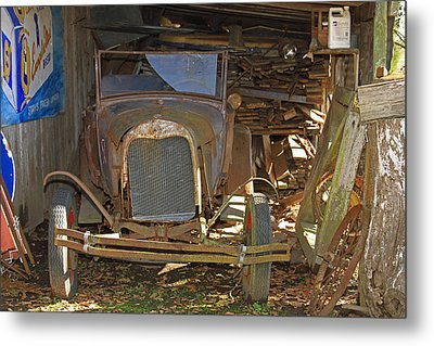 Things Of Past Metal Print by Ronald Olivier