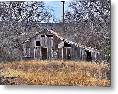 Metal Print featuring the photograph This Old Barn by Joe Finney