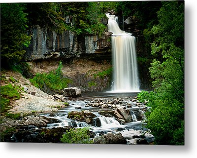 Thornton Force Waterfall 2 Metal Print by Andy Comber