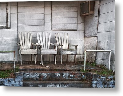 Three Chairs Beyond Front Street Metal Print by Brenda Bryant