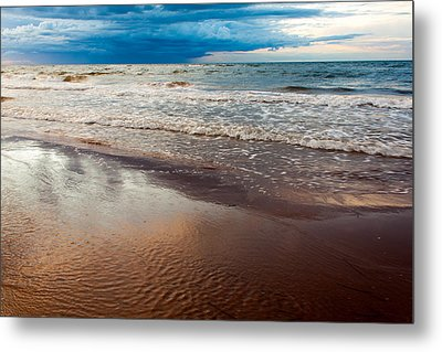 Tide Metal Print by Matt Dobson