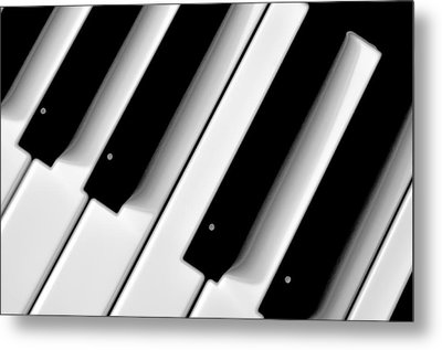Tinkling The Ivories Metal Print by Bill Cannon