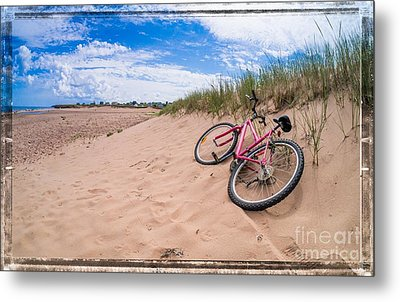 To The Beach Metal Print by Edward Fielding