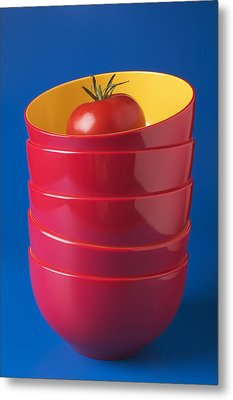 Tomato In Stacked Bowls Metal Print by Garry Gay