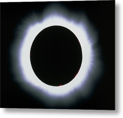 Total Solar Eclipse, 1999 Metal Print by Dr Fred Espenak