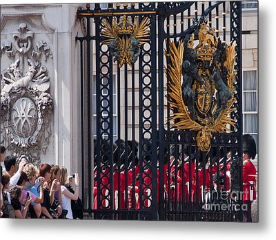 Tourists At Changing Of The Guards Metal Print by Andrew  Michael