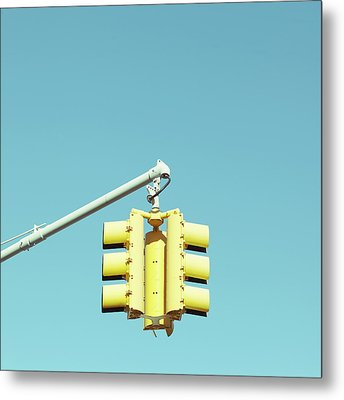 Traffic Light Metal Print by Justinwaldingerphotography