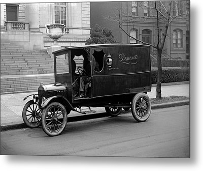 Trucks. Dermonets Ford Delivery Truck Metal Print by Everett