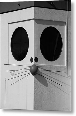 Truly Nolen Rat In Black And White Metal Print by Rob Hans