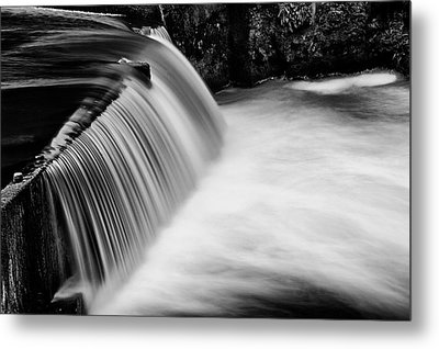 Metal Print featuring the photograph Tumwater Falls In Bw by Joe Urbz
