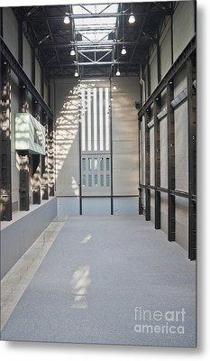 Turbine Hall Of Tate Modern Metal Print by John Harper