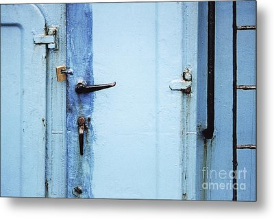 Two Handles And A Padlock Metal Print by Agnieszka Kubica