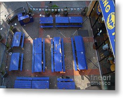 Uc Berkeley . Bears Lair Pub . 7d10010 Metal Print by Wingsdomain Art and Photography