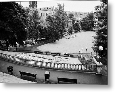 Union Terrace Gardens Aberdeen City Centre On A Dull Wet Day Scotland Uk Metal Print by Joe Fox