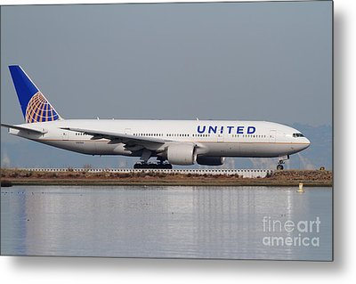 United Airlines Jet Airplane At San Francisco International Airport Sfo . 7d12079 Metal Print by Wingsdomain Art and Photography