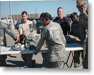 Us Army First Responders Use A Table Metal Print by Everett