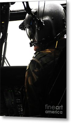U.s. Army Officer Speaks To A Pilot Metal Print by Stocktrek Images