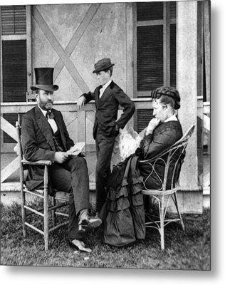 U.s. Grant And His Family Metal Print by Everett