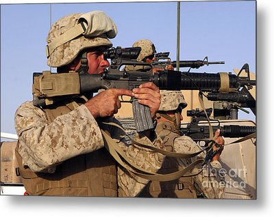 U.s. Marines Sighting Metal Print by Stocktrek Images