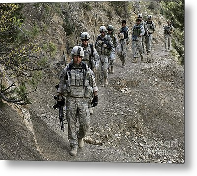 U.s. Soldiers And Afghan Border Metal Print by Stocktrek Images