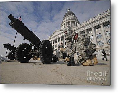 U.s. Soldiers Clean Up After Firing Metal Print by Stocktrek Images