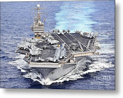 Uss Abraham Lincoln Transits Metal Print by Stocktrek Images