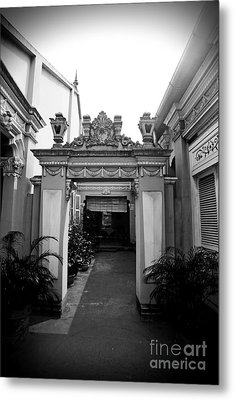 Metal Print featuring the photograph Vietnamese French Archway by Thanh Tran