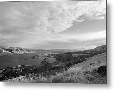 Metal Print featuring the photograph View From The Hill Columbia River by Kathleen Grace