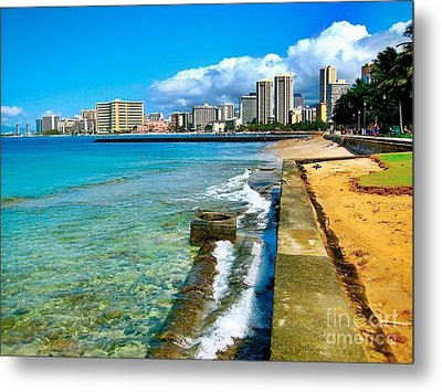 Metal Print featuring the photograph View Of Waikiki by Joe Finney