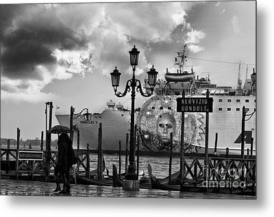 View On Canale Di San Marco In Venice Metal Print by Design Remix