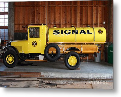 Vintage Signal Gasoline Truck . 7d12935 Metal Print by Wingsdomain Art and Photography