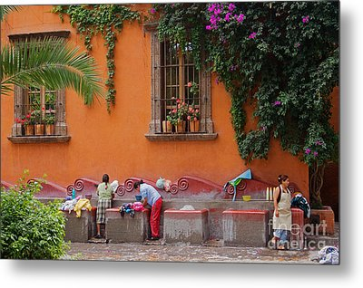 Metal Print featuring the photograph Washer Women - Mexico by Craig Lovell
