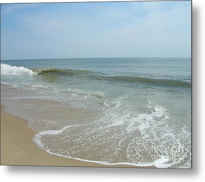 Metal Print featuring the photograph Wave by Arlene Carmel