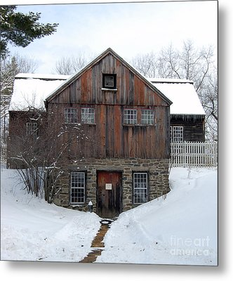 Weathered Building At Old Sturbridge Village Metal Print by John Small