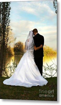 Wedding Couple Metal Print by Cindy Singleton