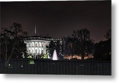 White House At Christmas Metal Print
