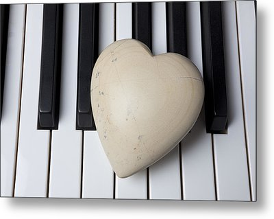 White Stone Heart On Piano Keys Metal Print by Garry Gay