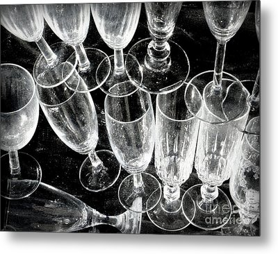 Wine Glasses Metal Print by Lainie Wrightson