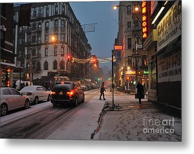 Winter Night On Mulberry Street Metal Print by Ed Rooney