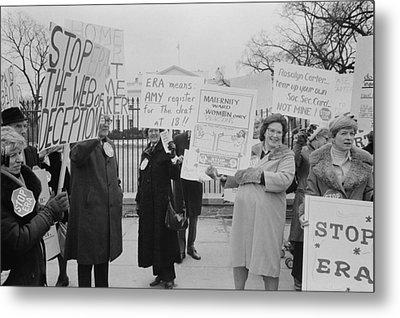 Women Demonstrating Against The Federal Metal Print by Everett