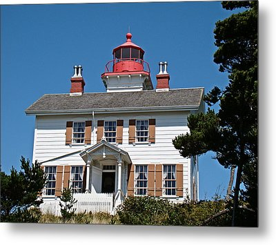 Metal Print featuring the photograph Yaquina Bay Lighthouse by Nick Kloepping