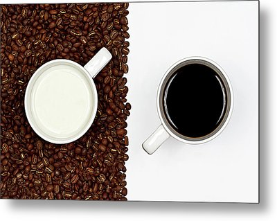 Yin And Yang Coffee And Milk Metal Print by Gert Lavsen Photography