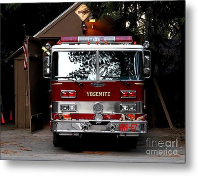 Yosemite California Fire Engine . 7d6142 Metal Print by Wingsdomain Art and Photography
