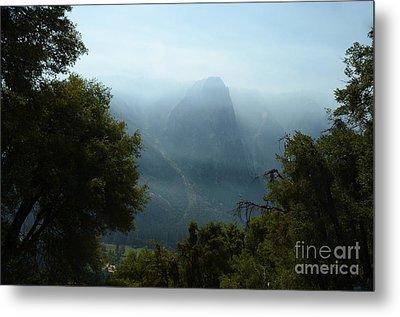 Yosemite Falls Hike Metal Print