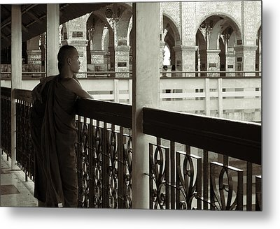 Young Monks In Mandalay Hill Metal Print by RicardMN Photography