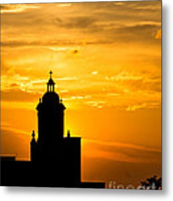 Meditative Sunset Metal Print by Sophie Doell
