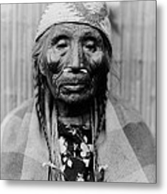 Tlakluit Indian Woman Circa 1910 Metal Print by Aged Pixel